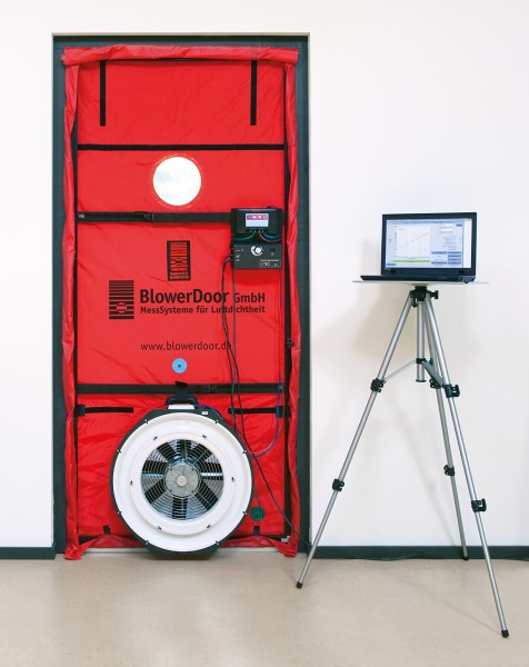 Elektroinstalace, Blower door test dřevostaveb Taurushaus
